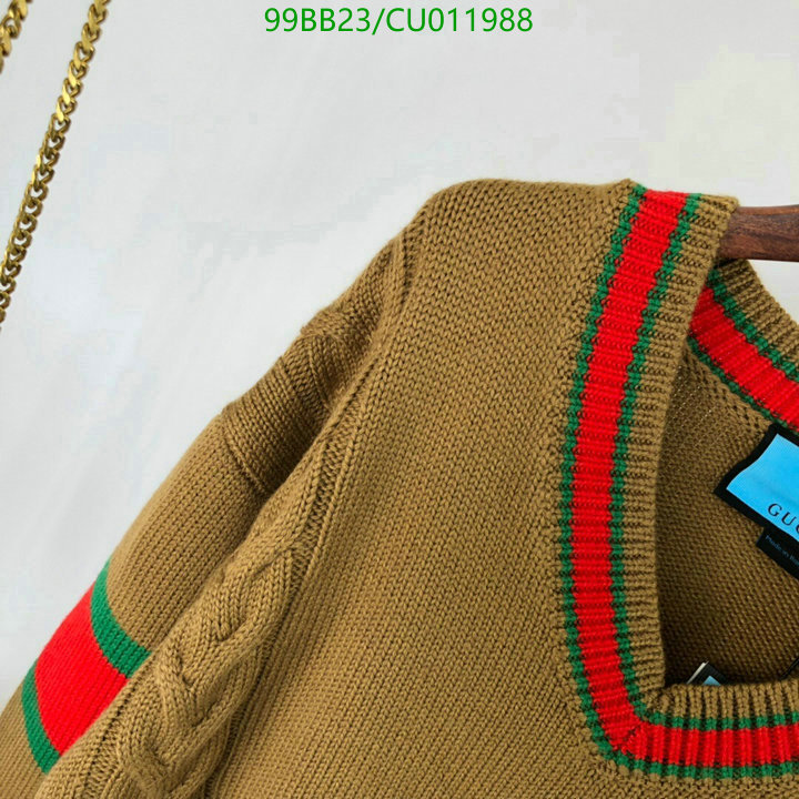 Gucci Classic Vintage V-Neck Ladies Sweater College Style Classic Red and Green Striped Pullover Men's and Women's Clothing